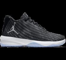 Jordan B. Fly basketskor