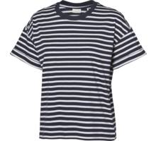 Lucia W t-shirt